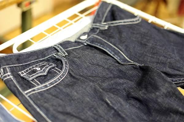 Высушить джинсы