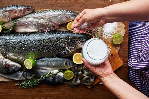 Готовить рыбу