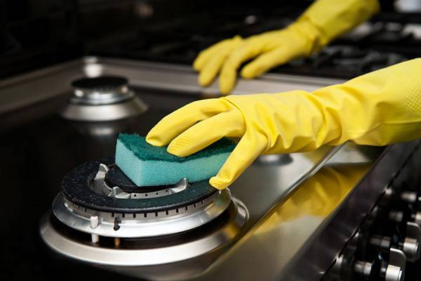 очистить плиту