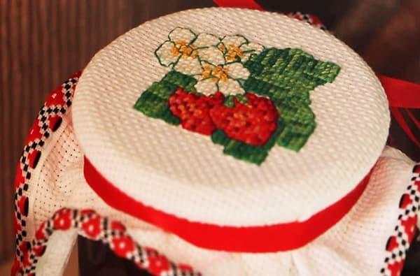стирать вышивку крестиком