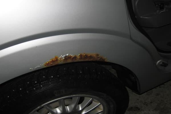 убрать ржавчину с автомобиля