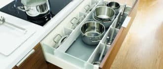 хранение кастрюль, сковородок и крышек
